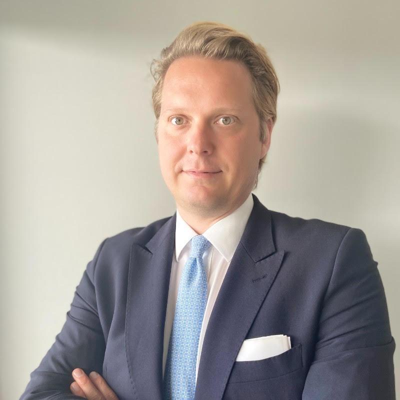 Dr. Alexander Kern